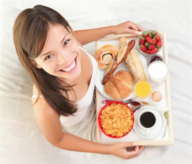 Bữa sáng nên ăn gì để cung cấp đủ năng lượng cho ngày mới?