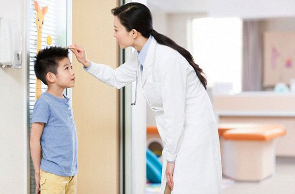 Chế độ ăn cho trẻ bị suy dinh dưỡng cha mẹ cần biết