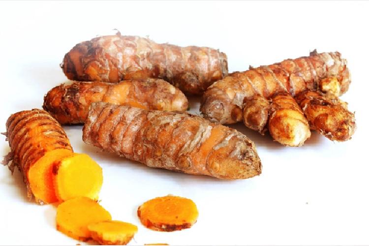 Chữa đau dạ dày với tinh bột nghệ