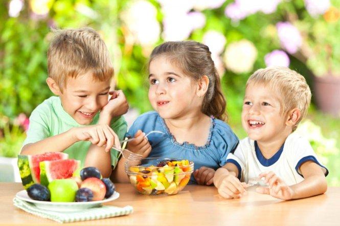 Dinh dưỡng phát triển trí não trẻ em