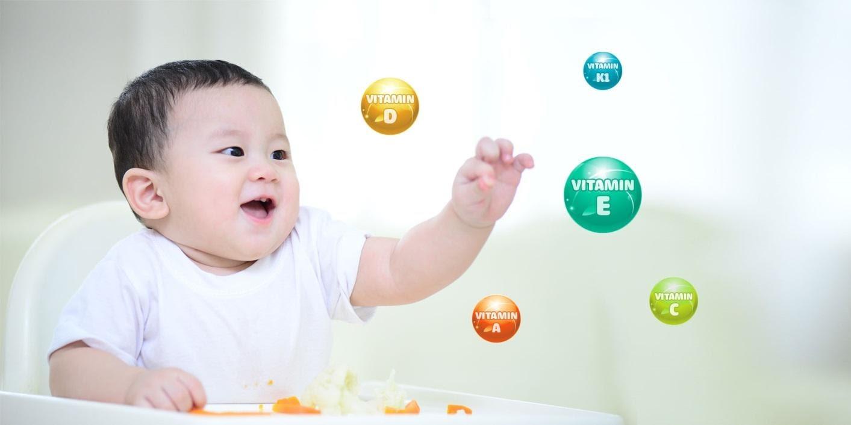 """Vitamin và khoáng chất là """"vũ khí"""" quan trọng giúp xây dựng hệ miễn dịch của trẻ hoàn thiện, chống lại các mầm bệnh (Ảnh minh họa)"""