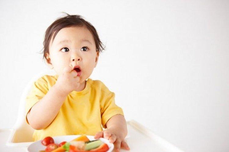 Những sai lầm của cha mẹ về dinh dưỡng cho trẻ