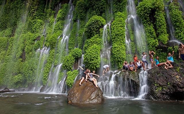 Thác nước Cotabaco - địa điểm du lịch nổi tiếng của Philippines